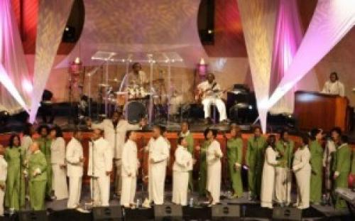 [VIDEO] Sunday Morning Praise Video Of The Day: Shekinah Glory Ministry -